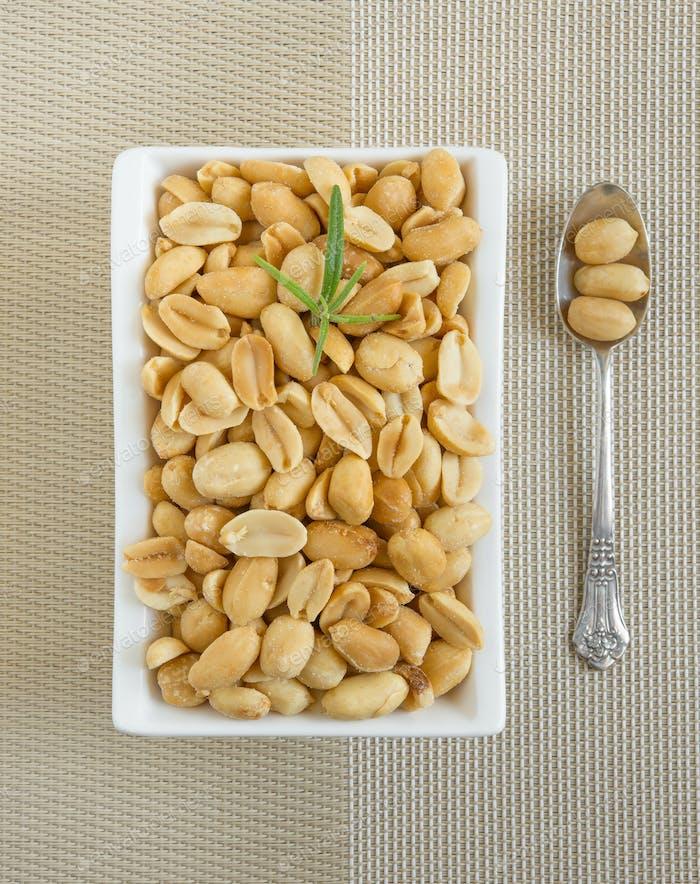 peanuts salted