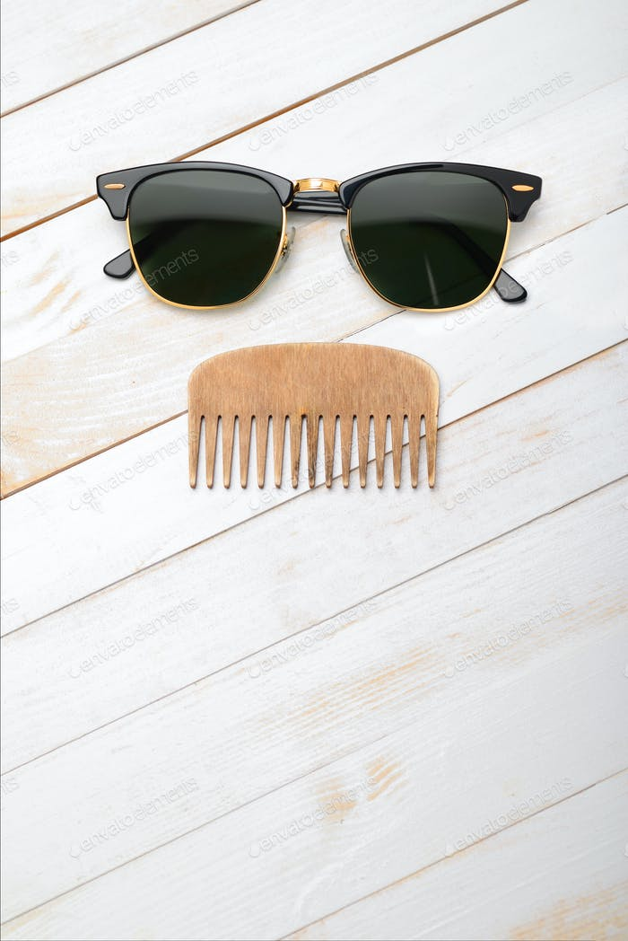 Comb and sunglasses