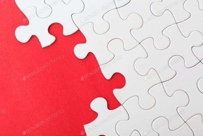 Infertiges weißes Puzzle
