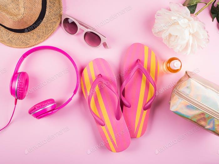 Sommer-Strandurlaub-Konzept. Flache Lay