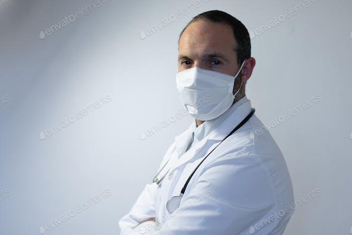 Mitarbeiter im Gesundheitswesen während der Coronavirus covid19 Pandemie