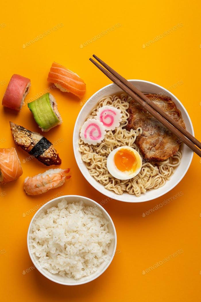 Japanisches Geschirrset