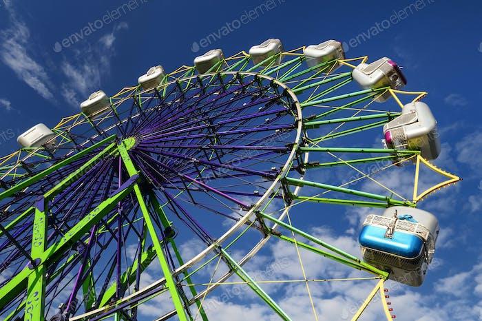 54668,Ferris Wheel ride at amusement park