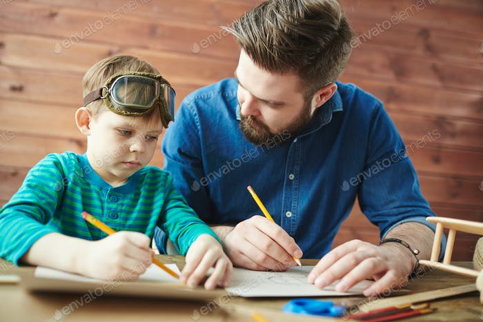 Drawing sketch with father