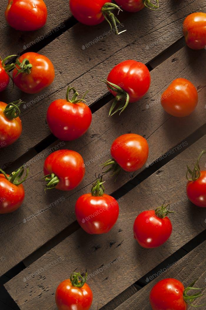 Red Organic Cherry Tomatoes