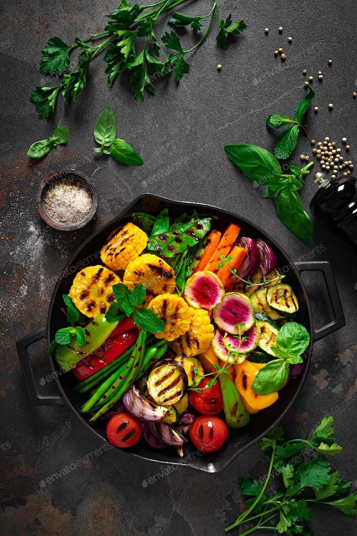 Grilled vegetables in pan, top view