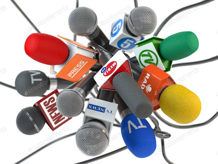 Pressekonferenz oder Interview, Mikrofone der verschiedenen maxx