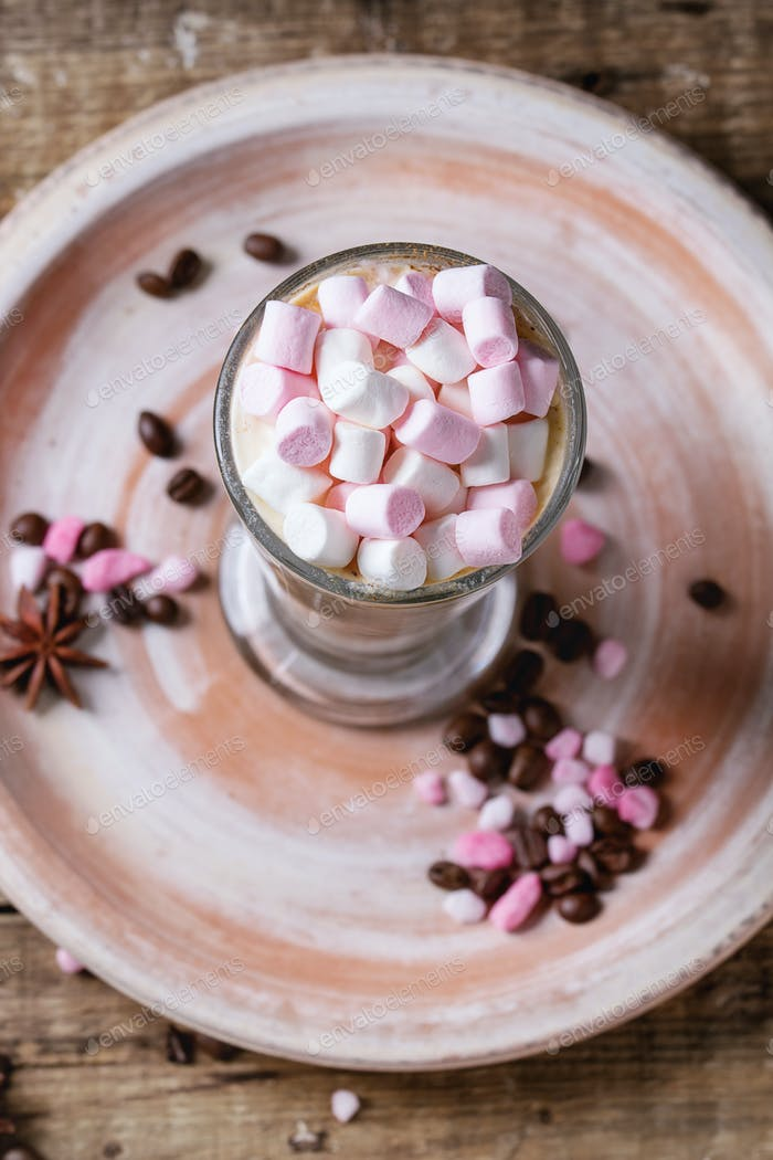 Cafe latte with marshmallow