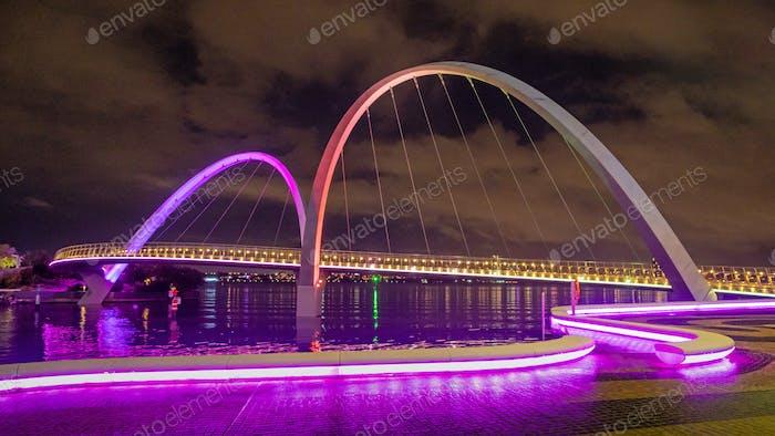Elizabeth Quay Bridge