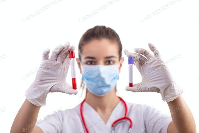 Blutprobe im Probenröhrchen
