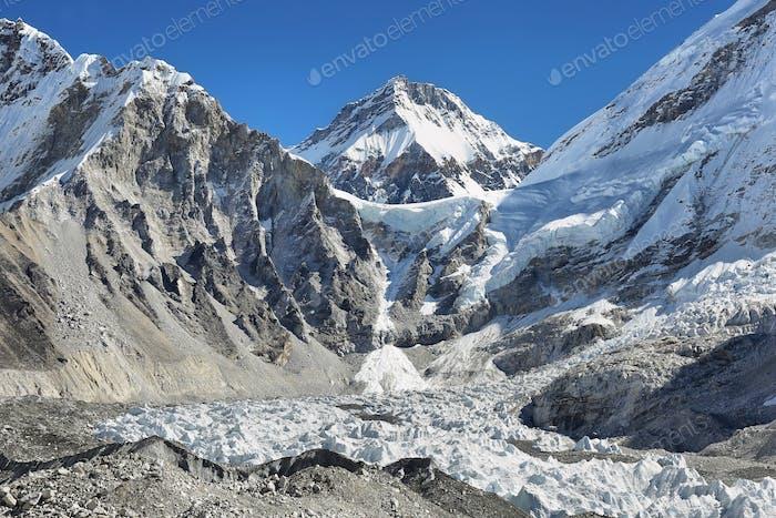 Changtse Peak vom Everest Base Camp, 5545m