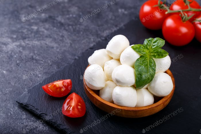 Mozzarella cheese and tomatoes