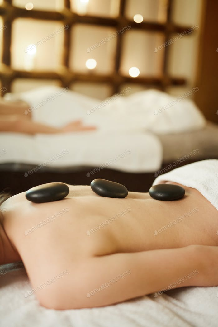 Hot Stone Therapy in Spa
