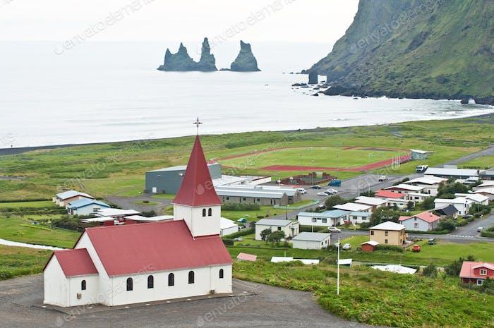 Vik, kleine Stadt in Island