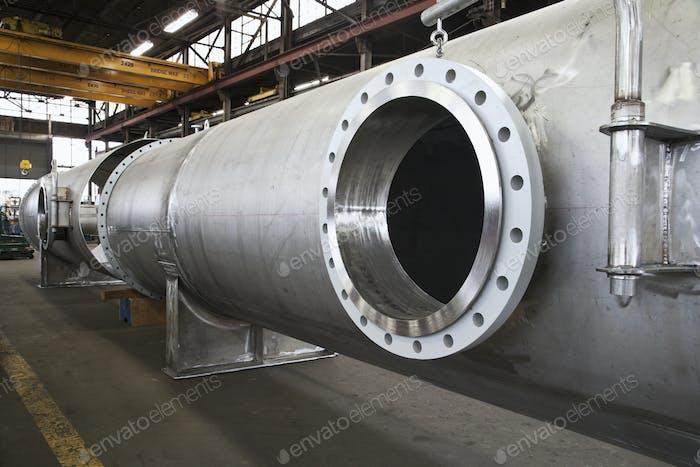 Öffnung in Stahlrohr