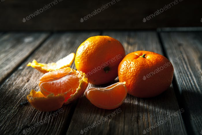 tangerines on a wooden background. fresh fruit. healthy food