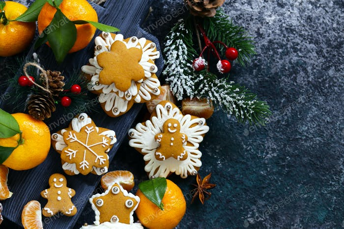 Gingerbread and Christmas Tree