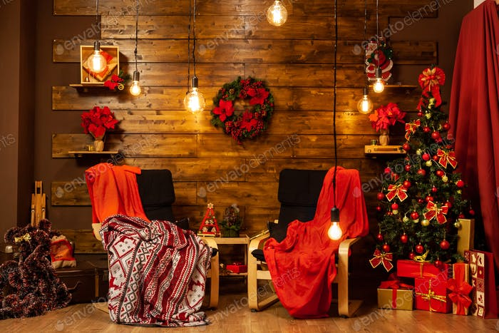 Weihnachtsbaum-Design mit schönem Weihnachtsbaum