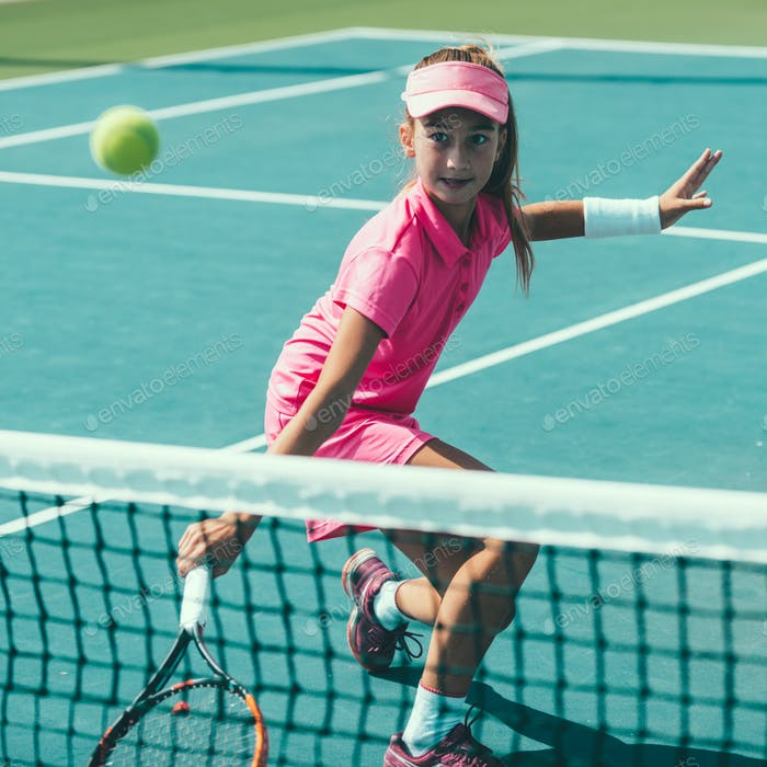 01 tennis girl blue 6197 f3