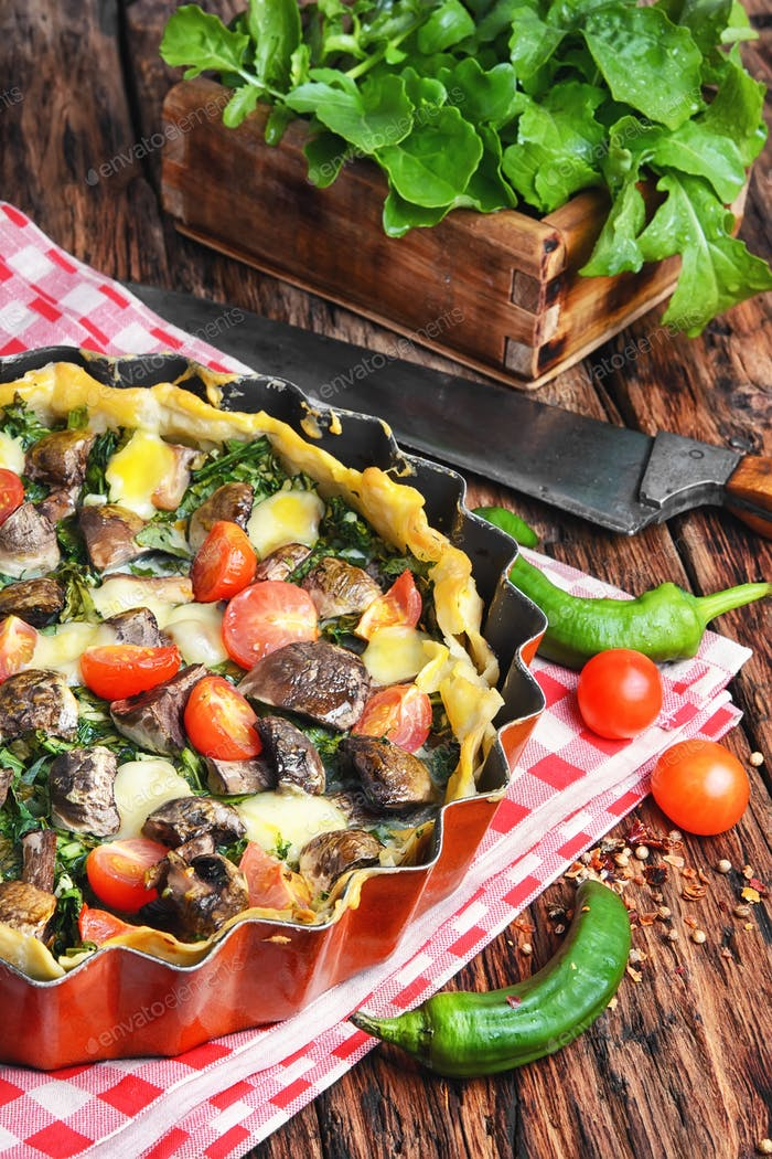 Open summer pie with vegetables