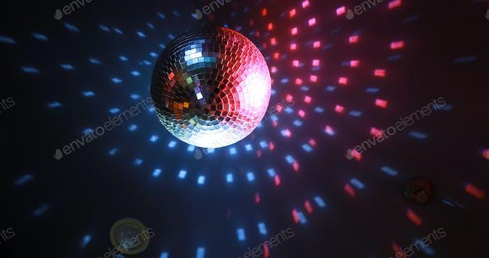 Mirror reflect disco ball