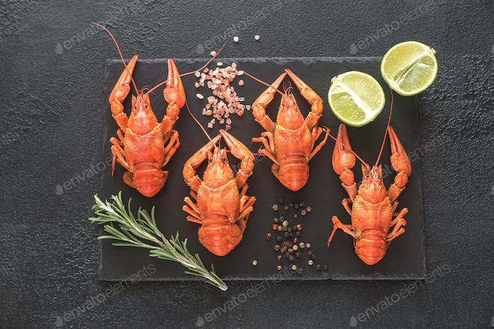 Boiled crayfish with seasonings