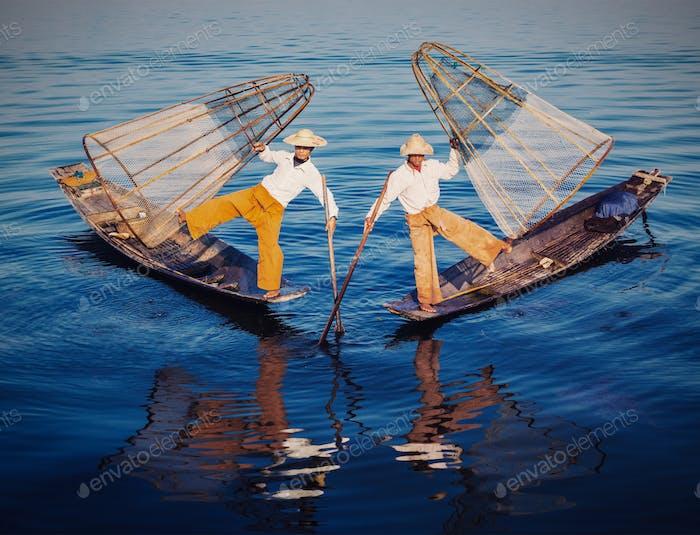 Traditioneller burmesischer Fischer am Inle-See Myanmar