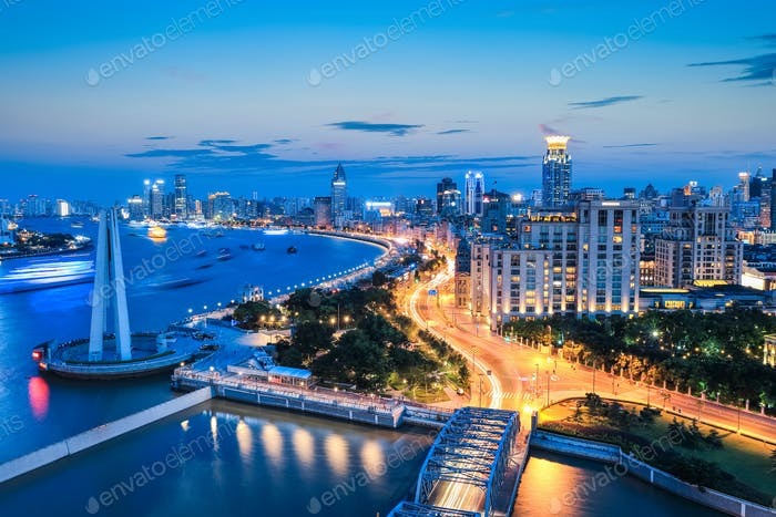 beautiful shanghai the bund in nightfall