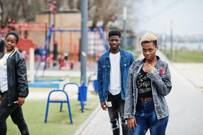 Junge Millennials afrikanisch