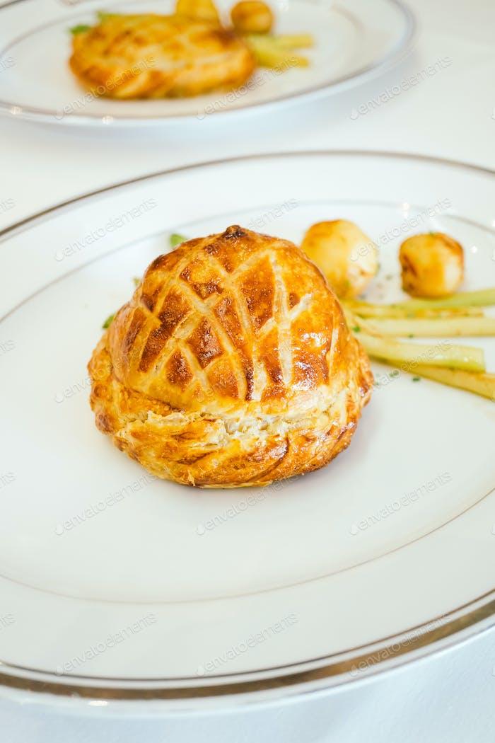 Chicken pie bread with vegetable