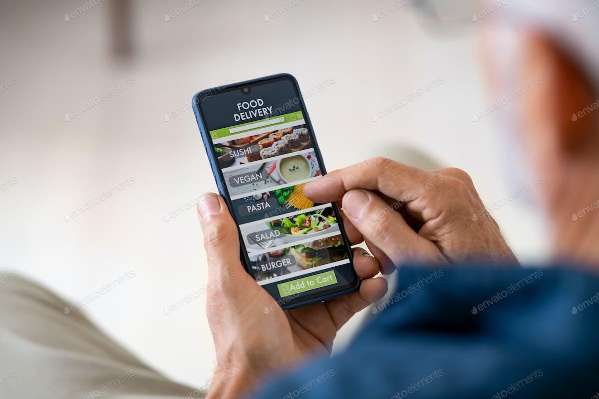 E-commerce trend of using mobile app