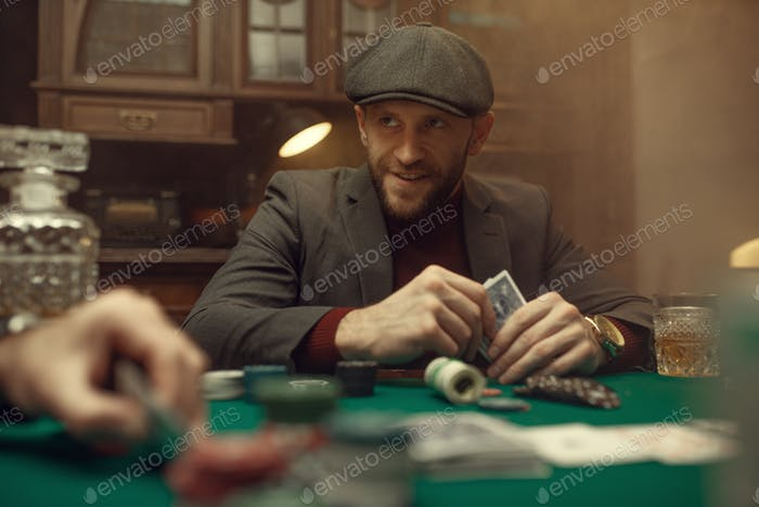Professional poker player feels the risk, casino