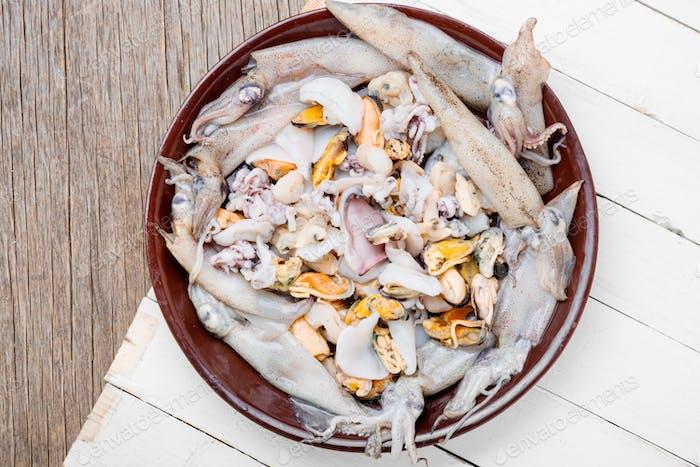 Mix raw seafood