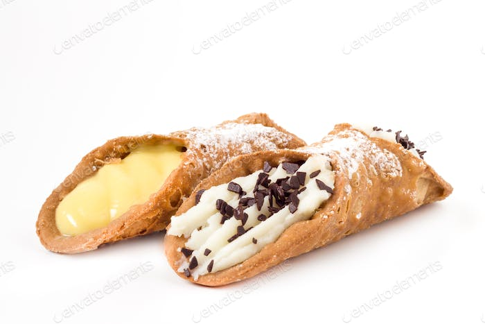 Sicilian cannolis with chocolate and cream