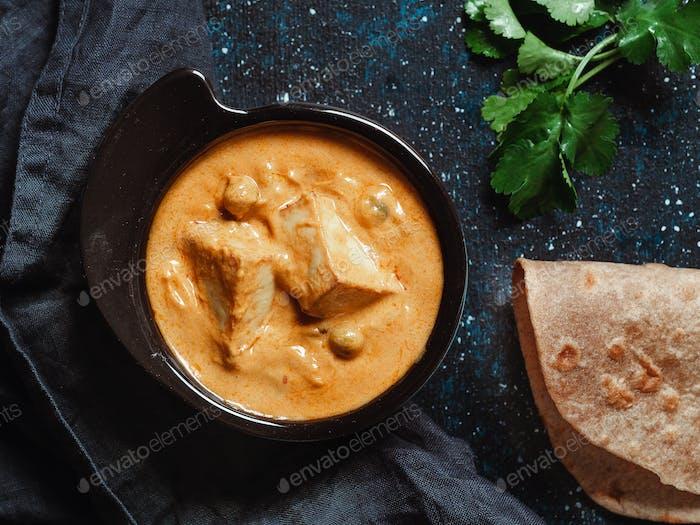 Shahi Paneer oder Paneer Butter Masala, Draufsicht