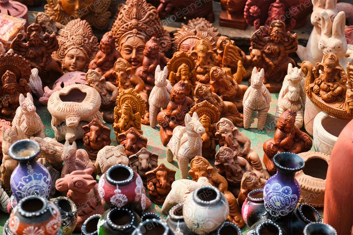 Street market exhibition of handmade pots, ceramic products, souvenirs. Udaipur, Rajasthan, India