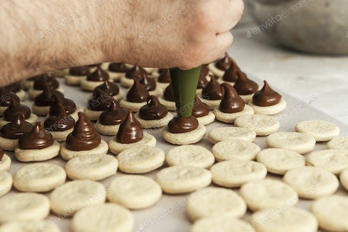 Schokoladenkuchen herstellen