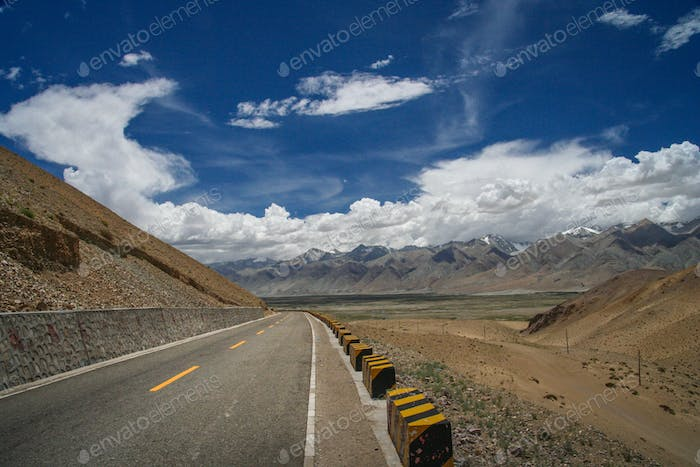 Paved mountain road from Ali to Lhasa
