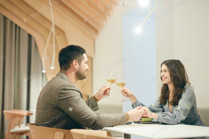 Diner Date in Restaurant