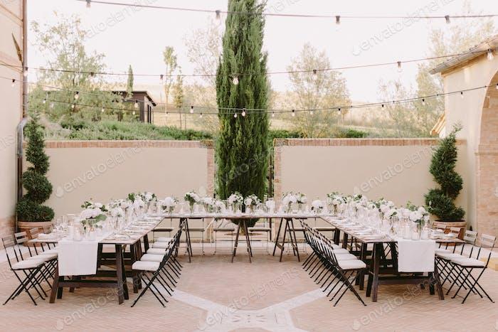 Hochzeitsbankett-Dekoration in Italien