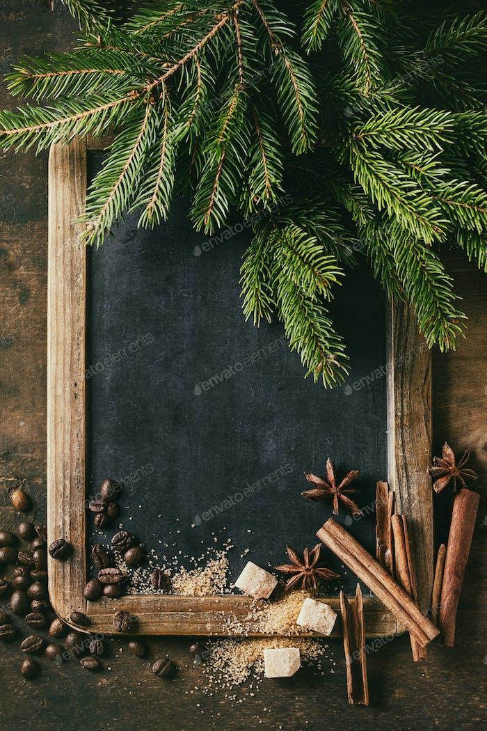 Tafel und Weihnachtsbaum