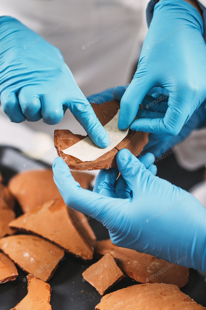 Archeology Scientists Reconstruct Broken Pottery