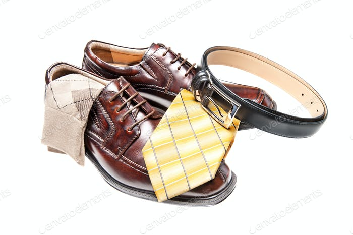 Brown leather shoes with necktie