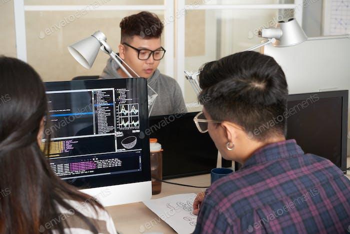 Trabajo conjunto de programadores talentosos