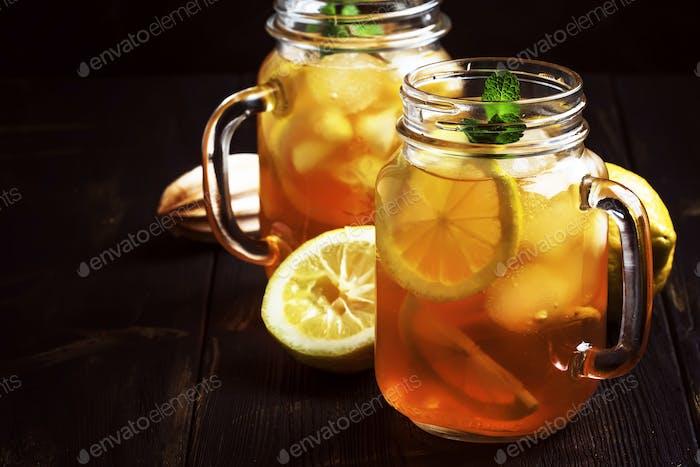 Black ice tea with lemon