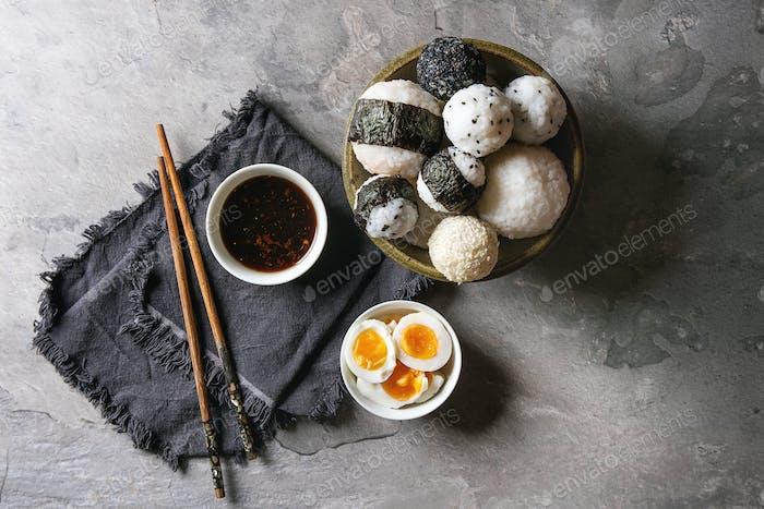 Reisbällchen und Eier