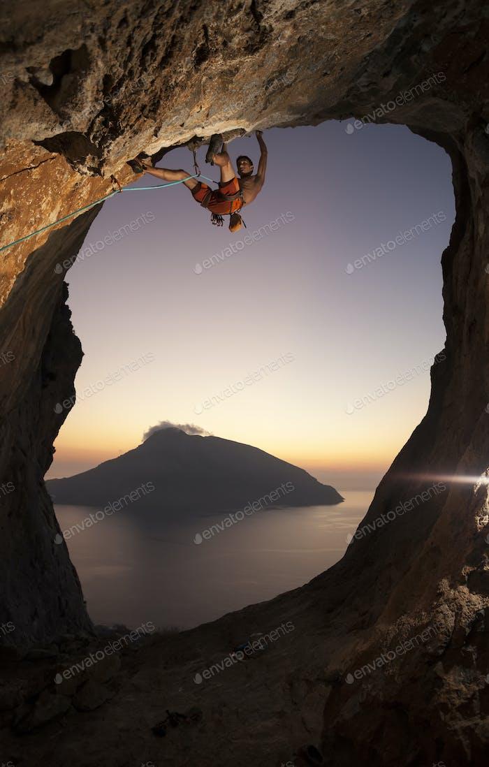 Kletterer bei Sonnenuntergang