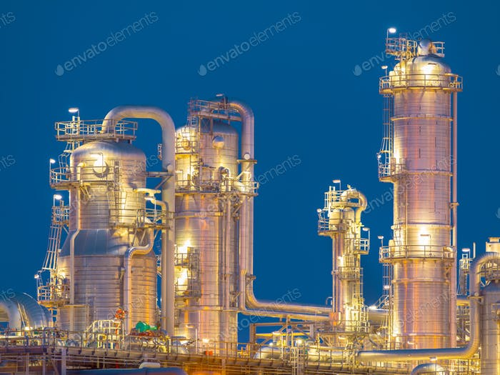 Detail of chemical Distillation towers
