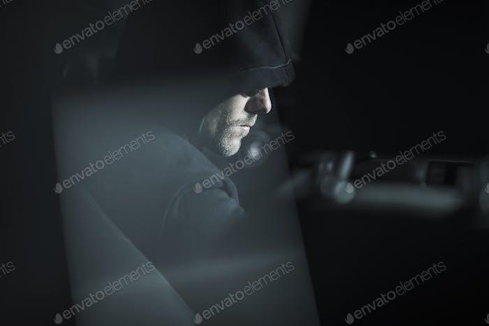 Ladrón en Capucha Negra