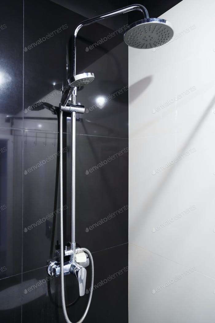 running of shower faucet wall set